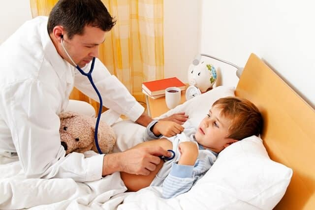 ביקור רופא ילדים