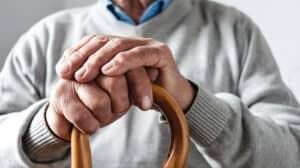לחצן מצוקה למבוגרים